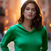 Női kapucnis pulóver